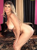 Nude Mature Woman With Hanging Boobs - bigger boobs older lady