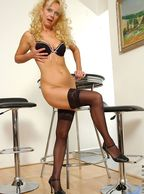 Sexy Legs Mature Woman In Stockings - blond